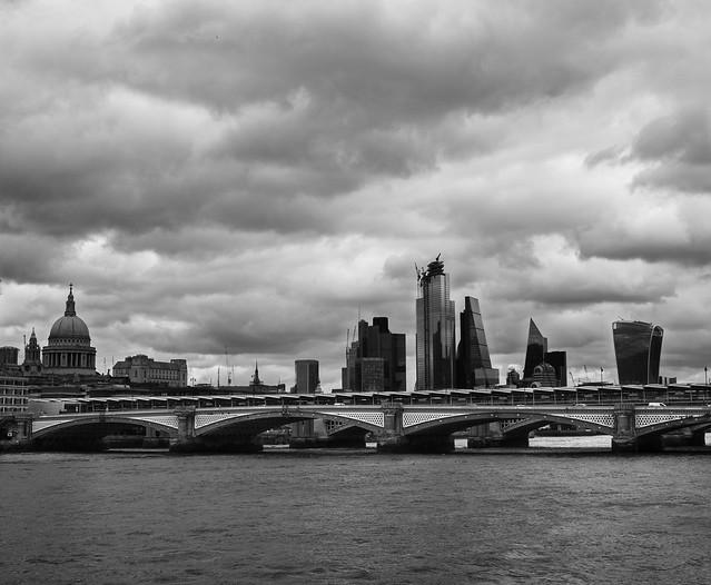 London-Blackfriars-Bridge-Skyline