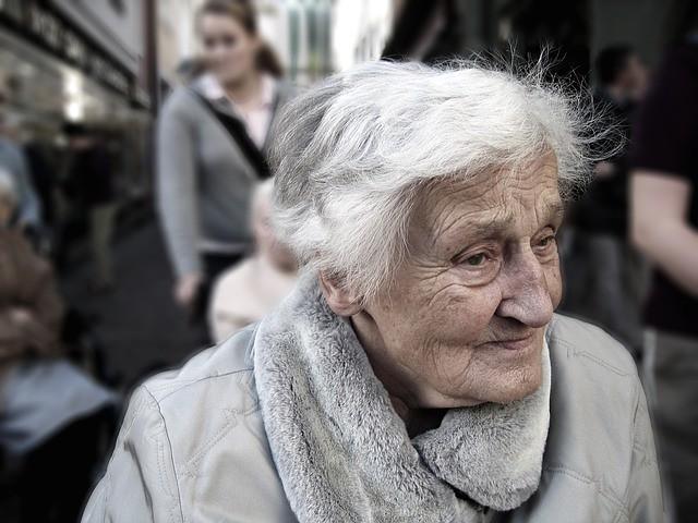 No âmbito doméstico, o problema ocorre também com pessoas que são dependentes de cuidados, explica pesquisador da Fiocruz. - Créditos: Foto: Gerd Altmann/Pixabay