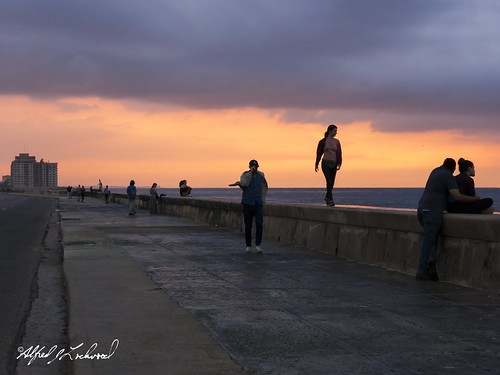 Sunset On The Malecon_MG_1924
