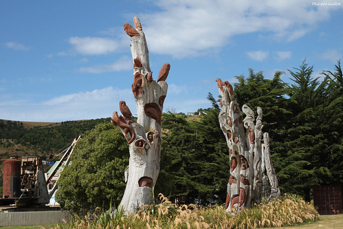Totems, Friendly Bay Playground, Oamaru
