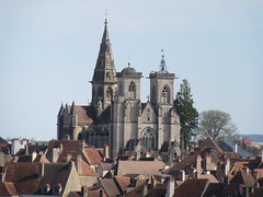 Semur-en Auxois - La Cité (2019 03 31)
