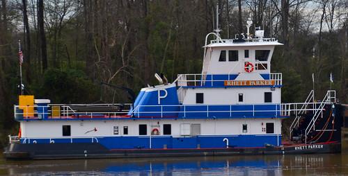 The Towboat 'Rhett Parker' on the Black Warrior River at Tuscaloosa (AL) February 2019