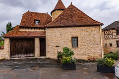 13-Derrière l'église