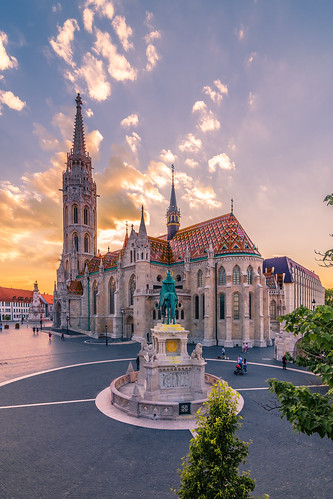 Sunset in Matthias church