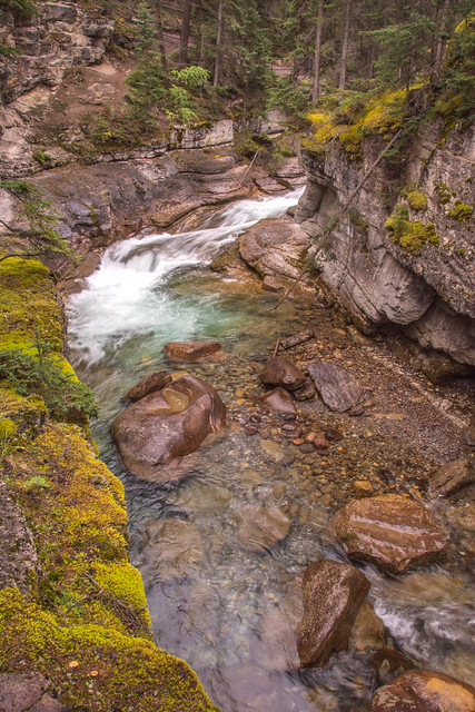 Maligne Canyon 7