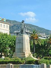 France, la Corse, place Saint-Nicolas le monument aux morts de 14-18 de Bastia