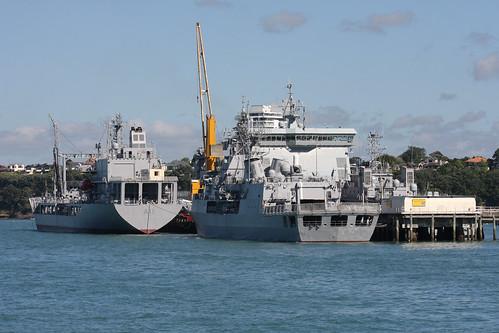 HMNZS Te Mana F111, HMNZS Canterbury L421 , HMNZS Endeavour A11