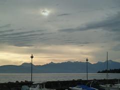 Lever de soleil sur le port d'Amphion.