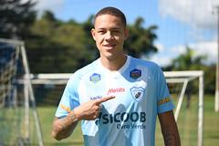 19-06-2019: Victor Luiz, lateral-esquerdo