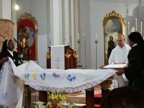 Bendición nuevo altar y Primeras Comuniones  - junio 2019 - 08