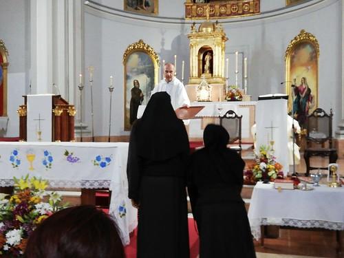 Bendición nuevo altar y Primeras Comuniones  - junio 2019 - 05