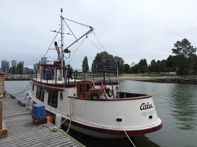 Wooden ship Atlas