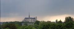 Cathédrale d'Amiens avec la pluie qui arrive - Photo of Amiens