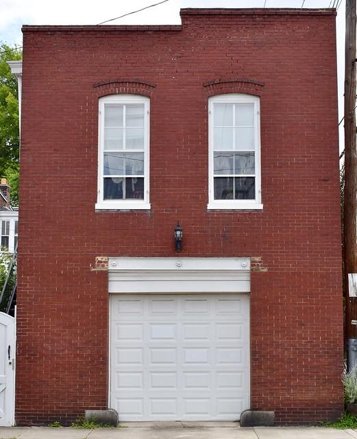 Richmond, VA - Architecture (Happy face?)