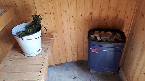 Hyvää Juhannus, sauna on valmis!