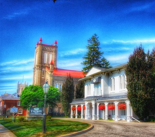 THORPE BROTHERS FUNERAL HOME & CHAPEL - Brantford Ontario - Canada - Heritage Home