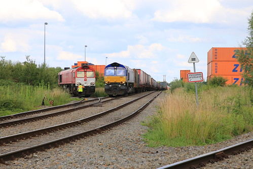 Crossrail  ALIX 92 80 1266 282-3 D-XRAIL Bierset 21-06-2019 PB13 92 80 1266 018-1 D-BRLL Bierset 21-06-2019