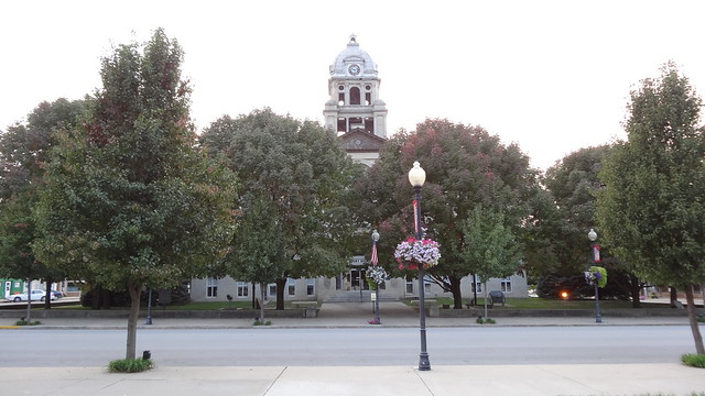 Fulton County Courthouse, Lewistown, IL (2)