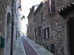 Rue de l'Allée Looking South
