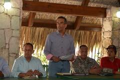 VIDEO:Comisión designada por Danilo Medina regresa a Isla Saona y Bayahibe para dar respuesta a 18 necesidades de comunitarios y asociaciones