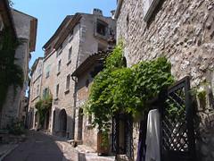 Rue Grande Looking North West