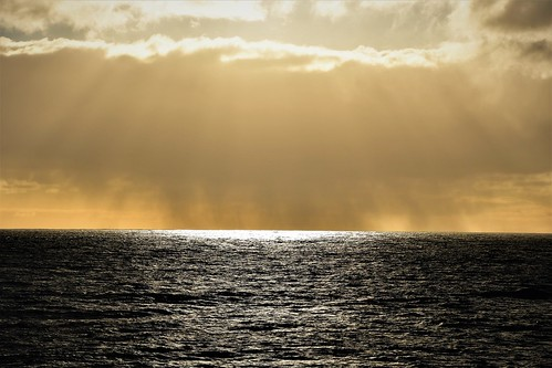 Rain and Sun over the Pacific Ocean