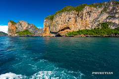 Sailing yacht near Phi Phi islands in our trip from Thailand to Malaysia. Islands, sails, blue water, and full relax        XOKA8433bs2