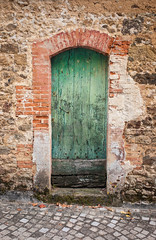 Green Door, Rochechouart - Photo of Chassenon