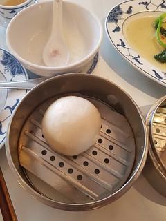 Chinesische gedämpfte Klösse mit Fleisch bei Tsun-Gai in Düsseldorf