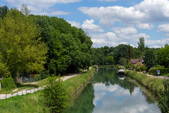 Loing canal - Photo of Nonville