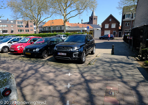 BaarleHertogNassau: Divided Parking Lot