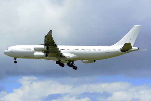 CS-TQZ A340-313X cn 202 HiFly 170704 Lajes Field 1001
