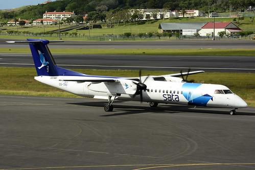 CS-TRG DHC8-402 cn 4298 SATA Air Acores 170703 Lajes Field 1002