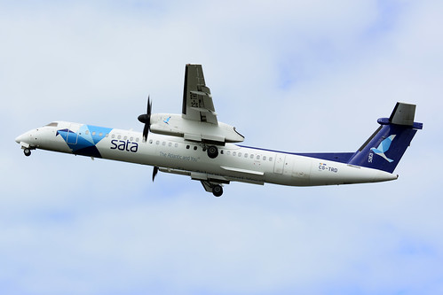 CS-TRD DHC8-402 cn 4291 SATA Air Acores 170630 Lajes Field 1001