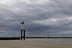 Marée basse et ciel d'orage - Photo of Villerville