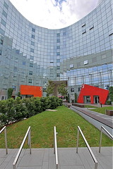 Place de l'ellipse - La Défense