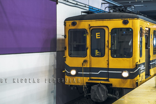 General Electric about to depart from the new terminal, Retiro - Line E