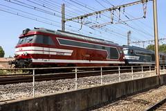 SNCF 67611, Avignon Centre - Photo of Morières-lès-Avignon