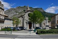 Notre-Dame-des-Pommiers-et-Saint-Thyrse - Photo of Sourribes