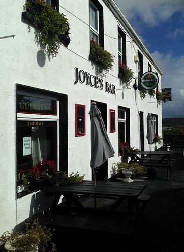 Joyce's Bar