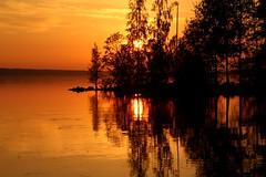 Silence,,orange moment.