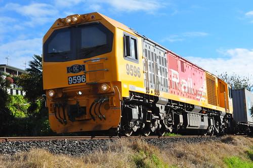 DL 9596
