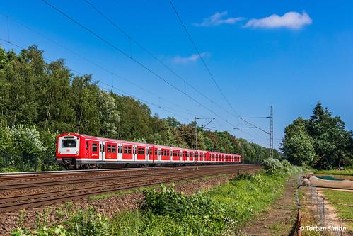 S-Bahn Hamburg (DB) 472 019 & 472 037 | Halstenbek