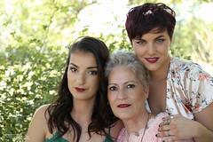 Cécile, Rita et Johanna (1) - Upaix - Juin 2019 - Photo of Lazer
