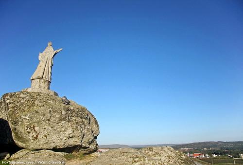 Estátua do Santo - Aguiar da Beira - Portugal 🇵🇹