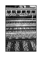 tag train • dijon, burgundy • 2016 - Photo of Plombières-lès-Dijon