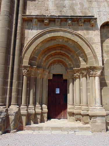 Agüero (Osca). Iglesia de Santiago