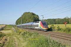 TGV Euroduplex Rame 4712 Train 6831 Metz-Marseille à Valdieu-Lutran - Photo of Larivière