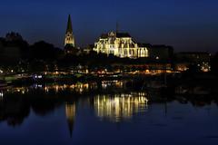 Heure bleue sur l'abbaye d'Auxerre - Photo of Augy