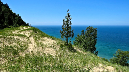 Lake Michigan overlook at Arcadia Dunes